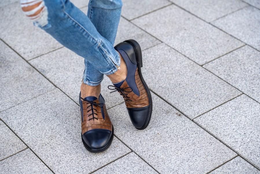 Klasikiniai oxford stiliaus batai